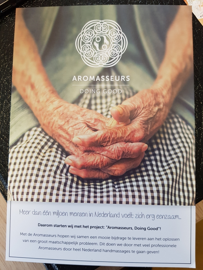 Handmassages door professionele aromasseurs