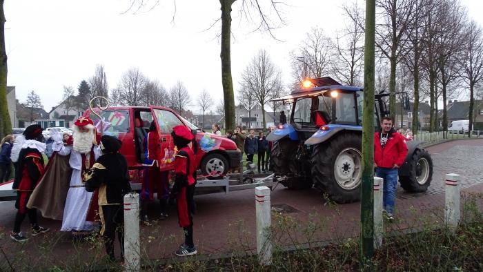 Sinterklaas bezoekt Willibrordusschool